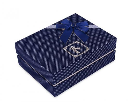 Suits Packing Gift Box