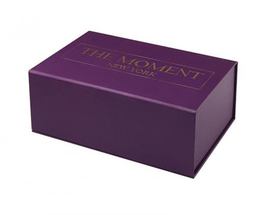 Cosmetic Box with Paper Insert